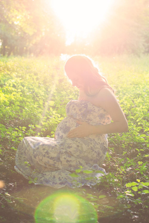 maternity pregnancy photography photographer stony creek metropark metro detroit macomb county belly bump