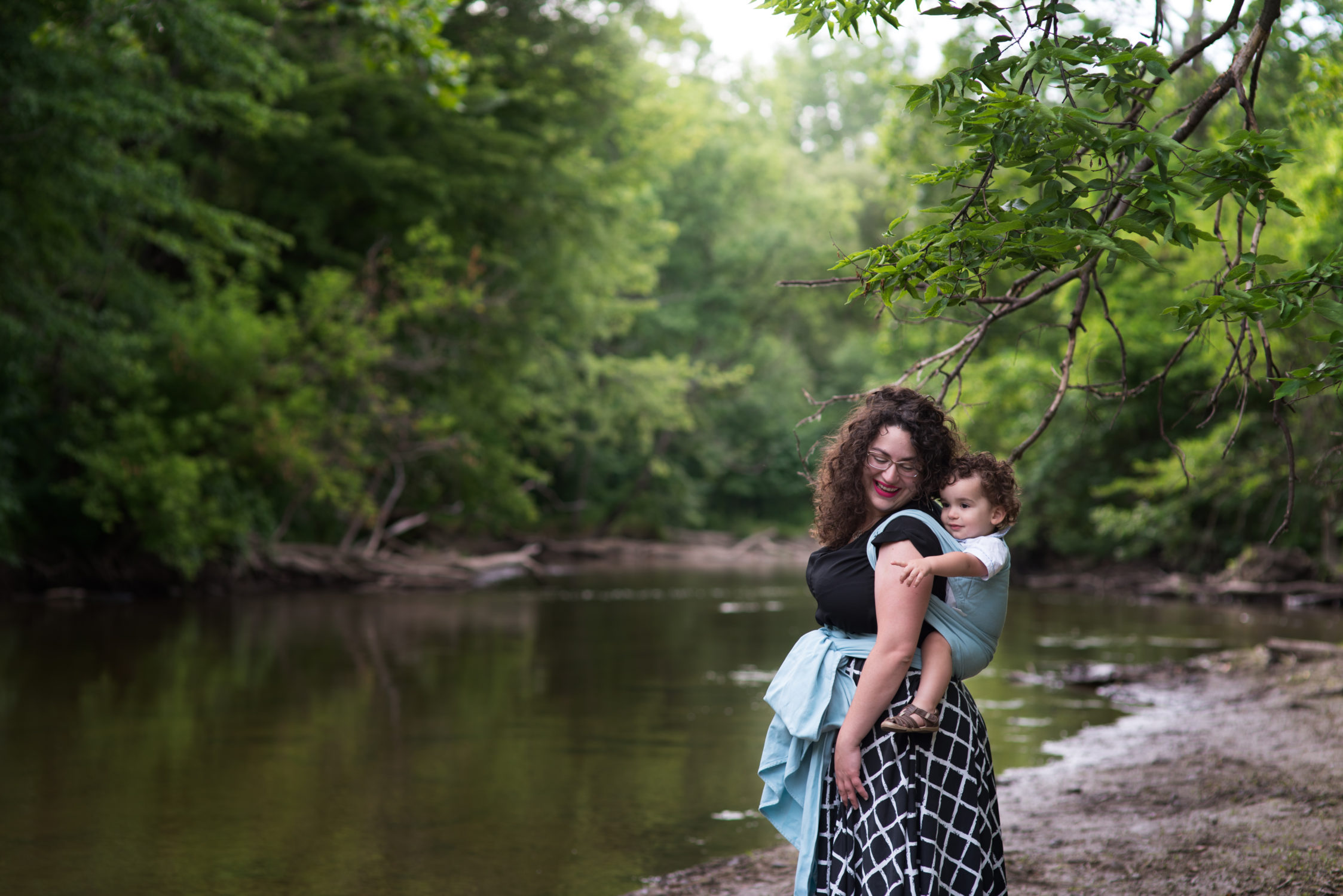 michigan mount clemens motherhood baby organic family newborn detroit macomb county photography mi photographer mt fall session autumn babywearing